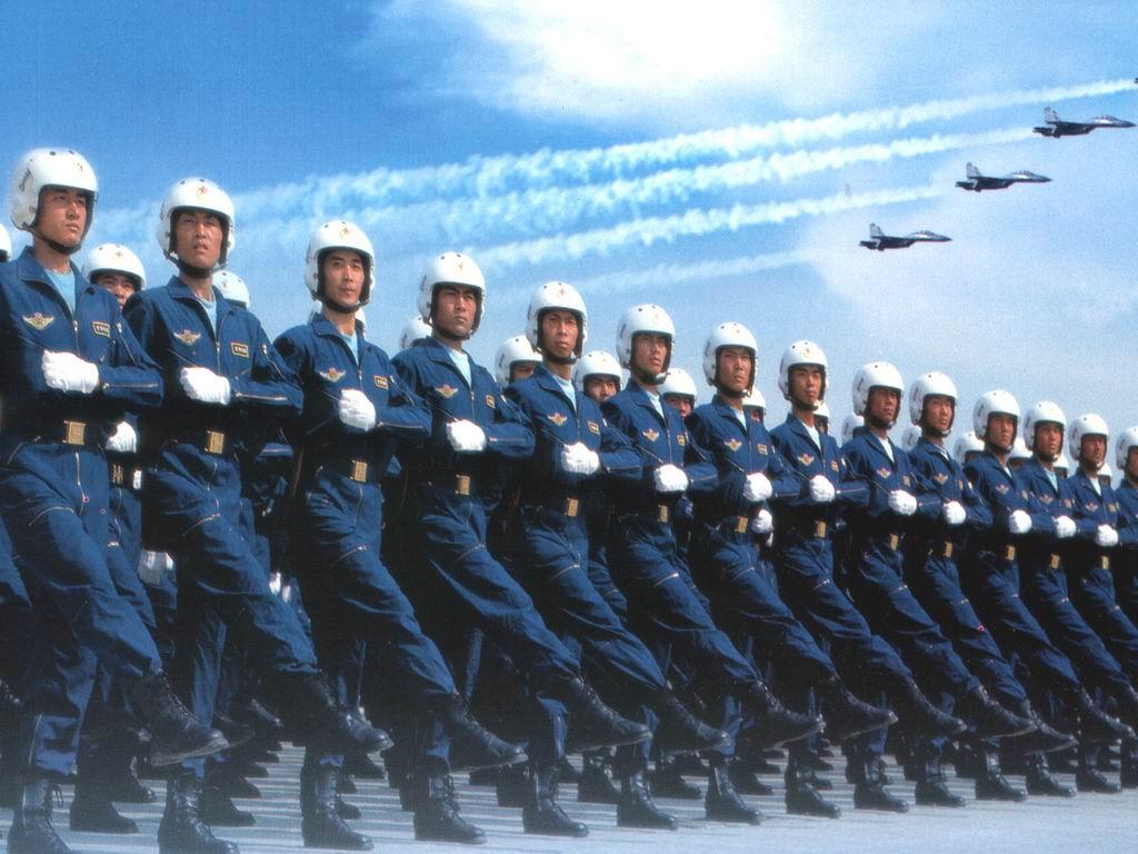 十送红军3、弹起我心爱的土琵琶4、太阳最红毛主席最亲5、军